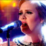 Hoy te recomendamos el vídeo de… Adele – Set fire to the rain